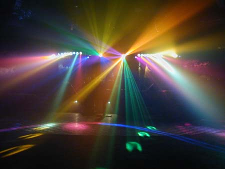 Get the party started with awesome dancelfoor lighting